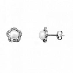 Pendientes oro blanco 18k flor centro perla 4.5mm. botón [AA6114]