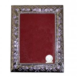 Marco portafotos plata Ley 925m fotografía 13x18cm. detalles labrados trasera madera