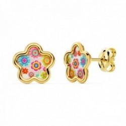 Pendientes oro 18k niña 8mm. flor fondo nácar detalles colorines borde liso cierre presión