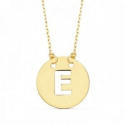 Gargantilla oro 18k cadena 42cm. forzada colgante letra E chapa 15mm. calada