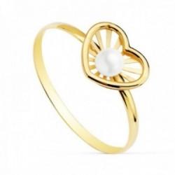 Sortija oro 18k niña detalle corazón 9x7mm. centro perla 3mm. bandas lisas calada