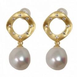 Pendientes plata Ley 925m chapados oro 27mm. rombo matizado circonitas perla cultivada colgando
