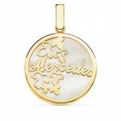 Colgante oro 18k redondo 20mm. personalizable nombre fondo nácar detalle hojas